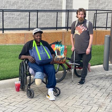 Cori-and-Alex-Homeless-Man-in-Dallas-Texas-2